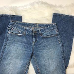 American Rag straight leg jeans size 10 Mediumwash